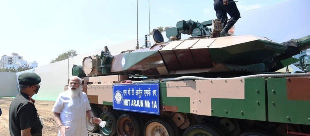 पीएम मोदी ने 118 Arjun Tank को Indian Army को सौंपा